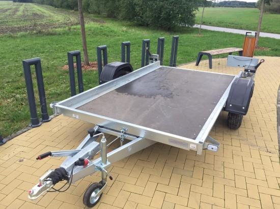 Přívěs TRIGANO MULTI - bržděný (750 kg) na ČTYŘKOLKY