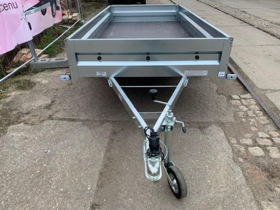 Přívěsný vozík TRIGANO (263x125)
